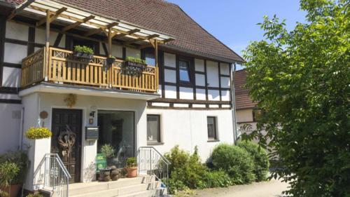 Ferienhof Morich - Kastanienwinkel und Kreuzbusch