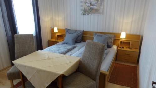 Zimmer 1 Bett 1
